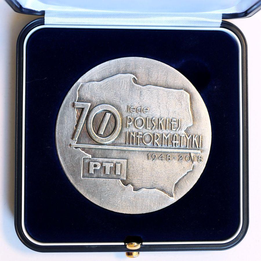 medal 70-lecia polskiej informatyki
